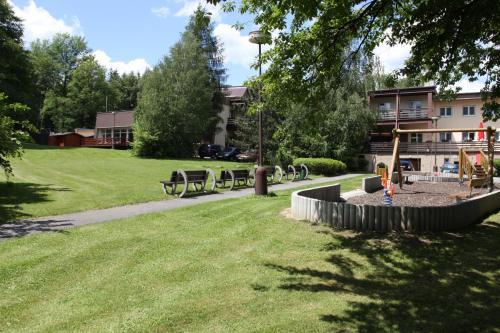 芬兰花园风景图片