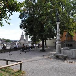 林登霍夫广场