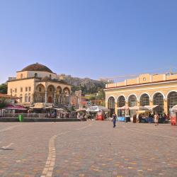 蒙纳斯提拉奇广场