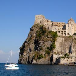 Ischia Island 14个度假村