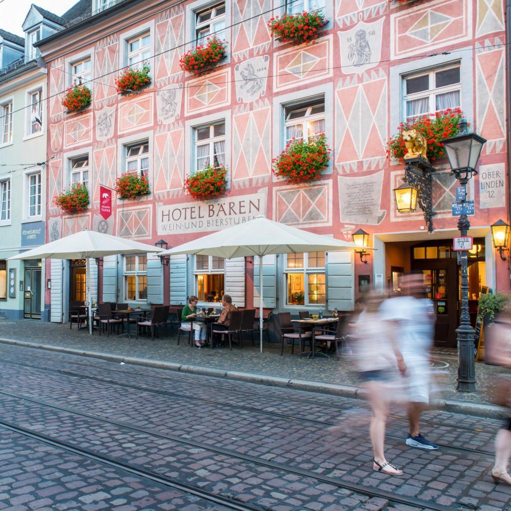 位于德国巴登符腾堡州的Ringhotel zum Roten Baren酒店