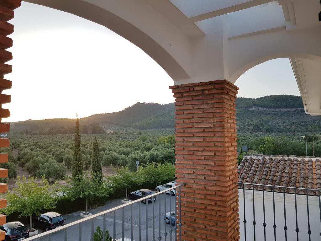 罗斯多蒙那斯酒店的阳台或露台