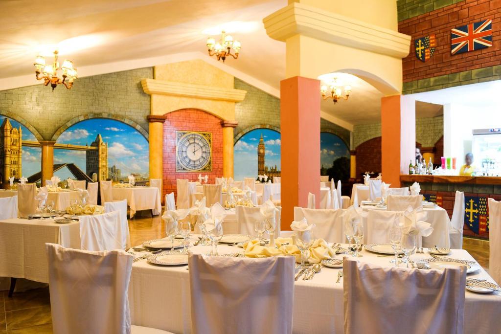 Brisas Guardalavaca餐厅或其他用餐的地方