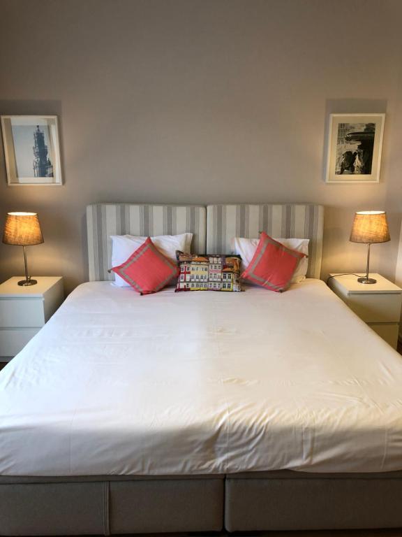 Be Oporto Apartments Clérigos客房内的一张或多张床位