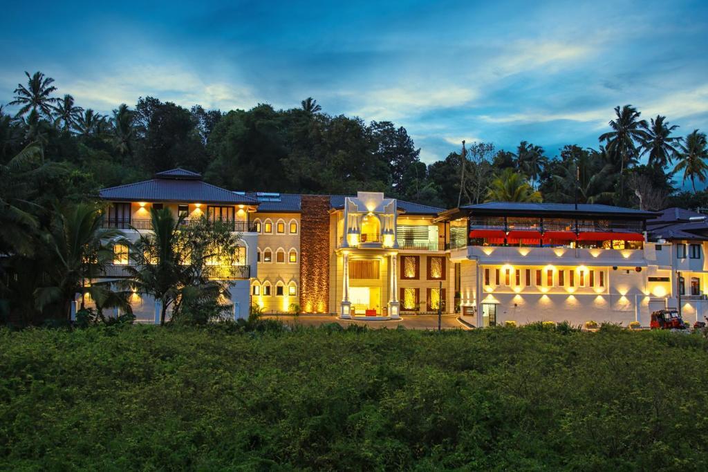 酒店所在的建筑物
