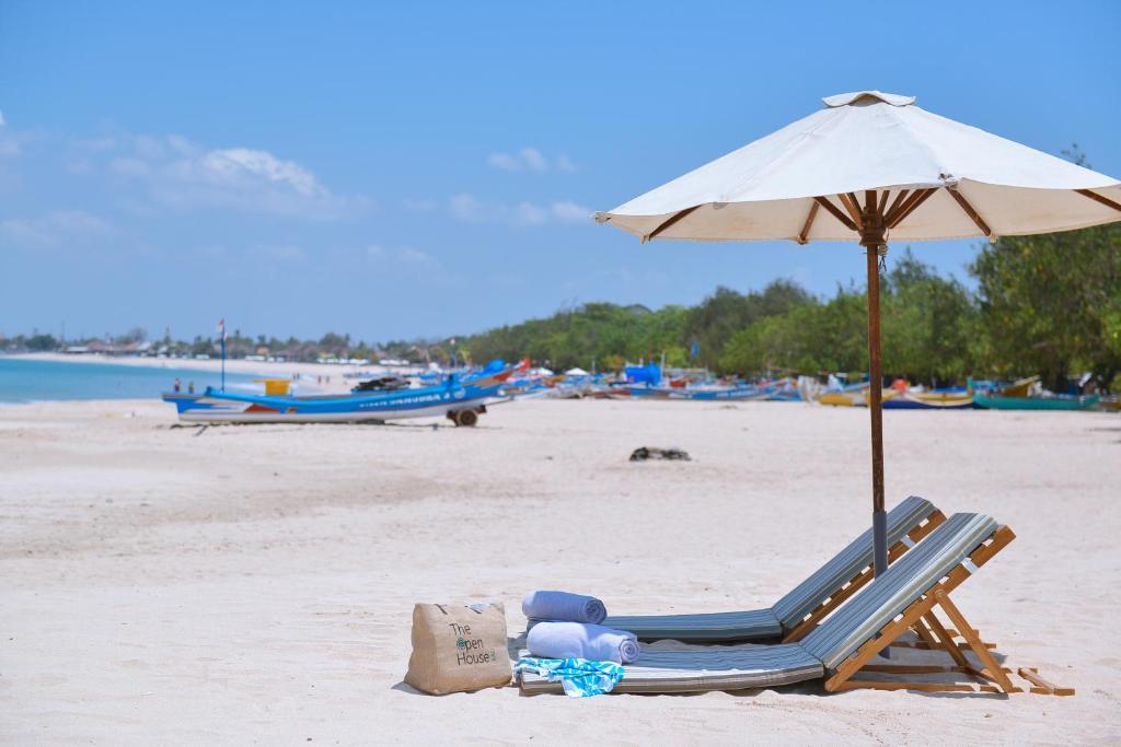酒店旁或附近的海滩