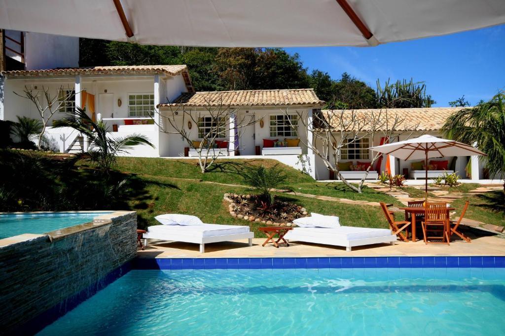 布卡内罗酒店内部或周边的泳池
