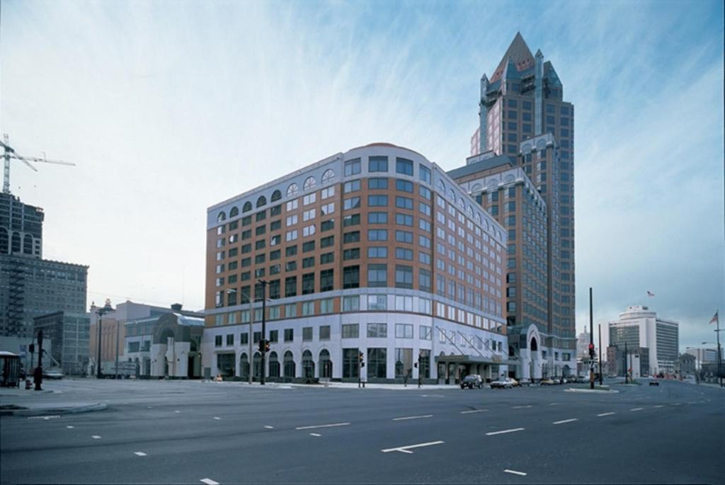 InterContinental Hotel & Resort-Milwaukee