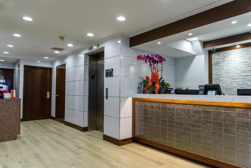 法拉盛中央酒店大厅或接待区
