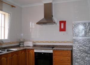 Villas Monte Jávea - BTB的厨房或小厨房