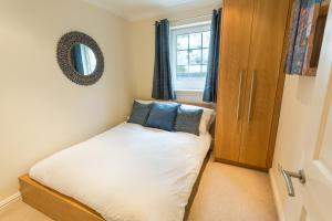 布莱顿码头桦树公寓客房内的一张或多张床位