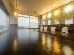 大馆皇家酒店内部或周边的泳池