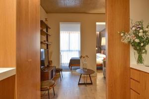 My Story Apartments Porto - Santa Catarina的休息区
