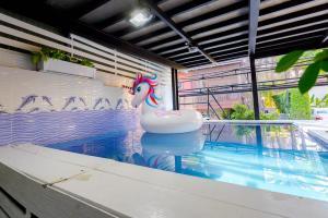 班安帕克海德加西文德2度假屋内部或周边的泳池