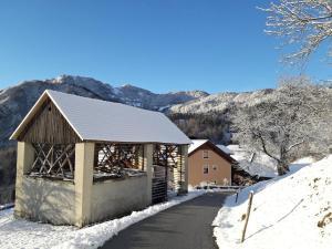 冬天的Kmetija Na Čendavš