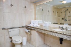 五月花公园酒店的一间浴室