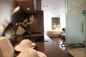 ST Residences Novena的厨房或小厨房