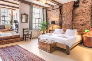 优雅17号C运河屋公寓客房内的一张或多张床位