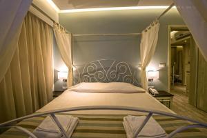 Princess Irini Sea Front ApartHotel客房内的一张或多张床位