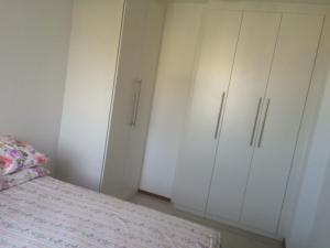 Linda Vista no Recreio客房内的一张或多张床位