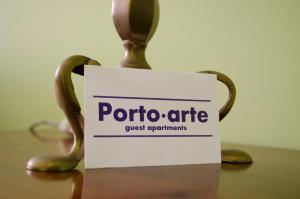 Porto.arte guest apartments的证书、奖牌、标识或其他文件