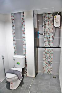 太平洋公寓式酒店的一间浴室