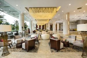 芽庄湾芬珍珠度假酒店及Spa餐厅或其他用餐的地方