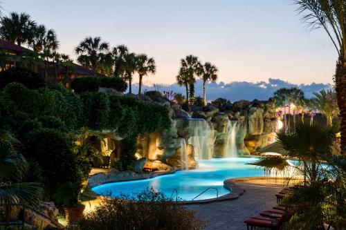 Hyatt Regency Grand Cypress Disney Area Orlando内部或周边的泳池