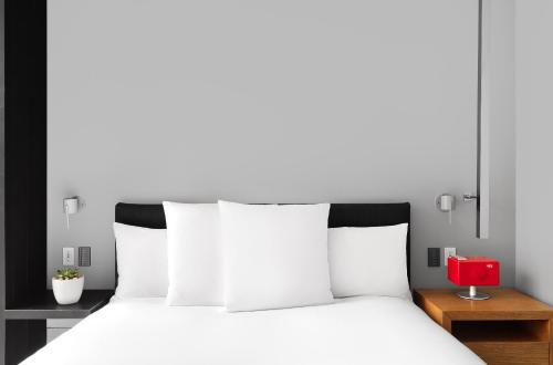 第五大道安达士酒店 - 凯悦集团概念的一间客房