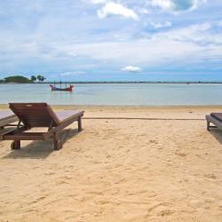 茶云莱海滩 16个度假村