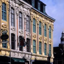 勒藏讷 2家酒店
