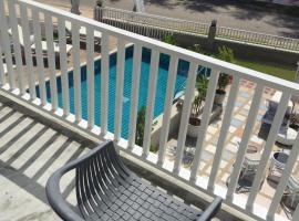 BC夏日海滩旅馆