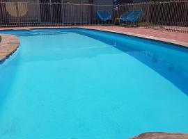 阿德莱德五卧室泳池度假屋