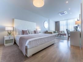 普利洛克公寓酒店,位于奥帕提亚的旅馆