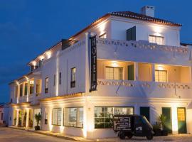 奥卡特鲁斯酒店, 阿尔热祖尔