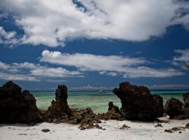 Verani Beach Lodge - Pemba Island, Zanzibar, Tanzania, Miperani
