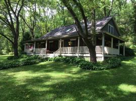 Pine Hollow Inn, Galena (The Galena Territory附近)
