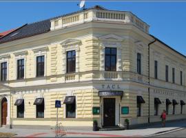 塔科酒店, Holešov