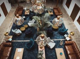 拉古纳大酒店,位于拉拉古纳的酒店