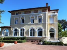 布兰查德城堡酒店, Chazelles-sur-Lyon