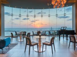 希律特拉维夫海滨酒店,位于特拉维夫的酒店