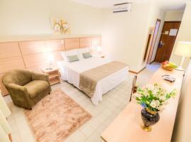 乌贝拉巴旦酒店