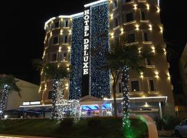 Hotel Deluxe,位于地拉那的酒店
