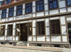"Hotel garni ""Alte Warener Zeitung"", 瓦伦"