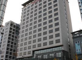 华美达东滩,位于华城市的酒店