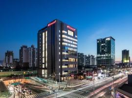 华美达首尔辛多林酒店
