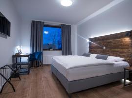 Hotel Wiesengrund, 丁克拉格