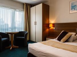 普拉多酒店