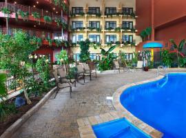 安巴萨多套房酒店