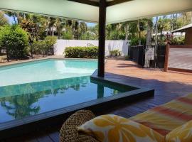 Crazy About Cairns Resort Living - 6 Bedrooms